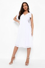Boohoo Chiffon Pleated Midi Skater Bridesmaid Dress