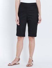 W.Lane Button Detail Short black